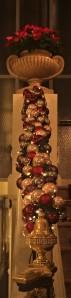 weihnachtsschmuck-treppe-bellevue-bern